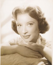 One of Amanda's first studio portraits at MGM. They tried to promote her as a new Greer Garson. (c) MGM