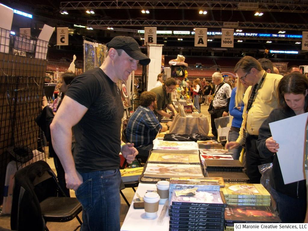 David Mack, writer and artist of his  creator-owned Kabuki, was one of the more popular artists attending the convention. He had a constant line of fans seeking out his books.