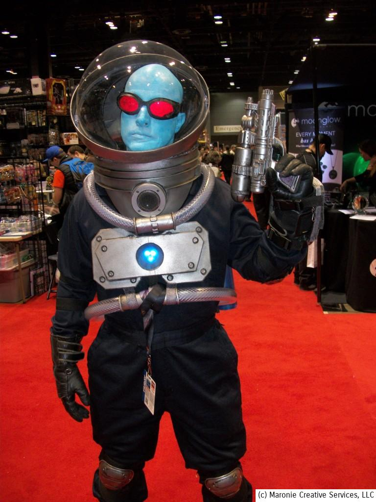 One of the best costumes I saw at C2E2 was this awesome old-school Mr. Freeze! The creator must have spent hours to get all the details right! I hope he won some sort of award for this fine effort! Following are some equally impressive cosplay commandoes! Hats off to their creativity and passion!