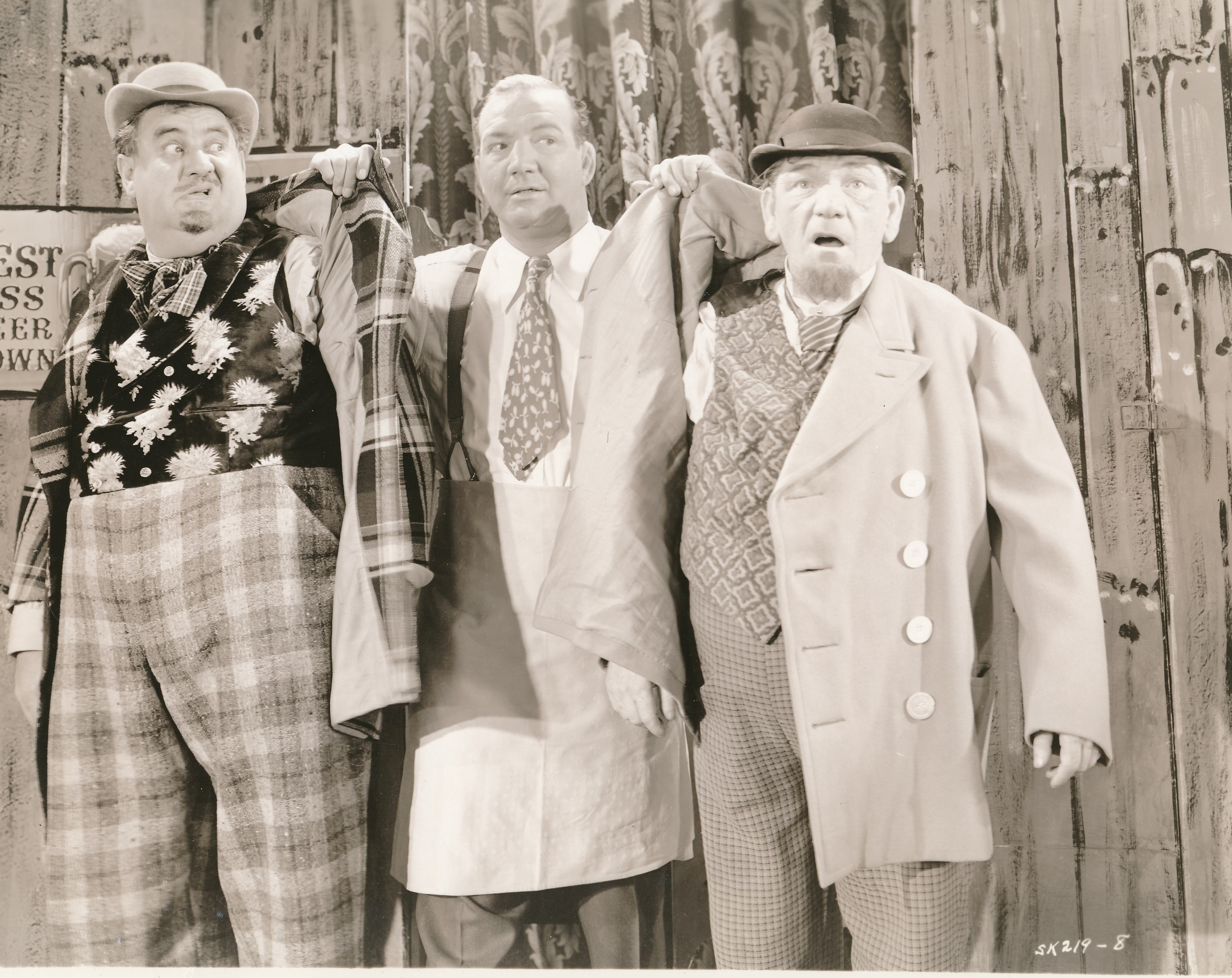 Gallery images and information: The Three Stooges Shemp